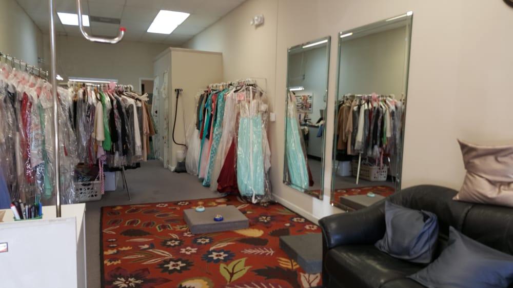 Lanis Tailor: 1230 Westgate Pkwy, Dothan, AL
