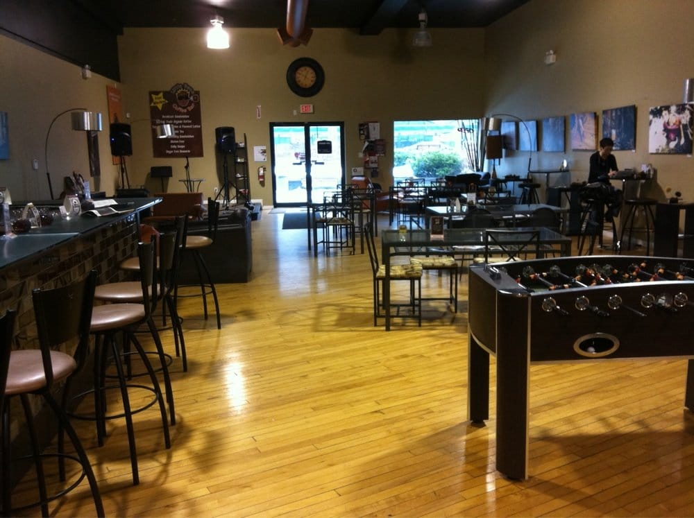 king coffee shop Fine organic and fair trade coffees from around the globe roasted fresh daily  espresso drinks as culinary works of art indulgent chocolate drinks virtuous teas.