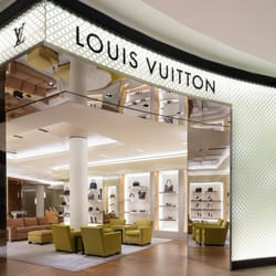 7fecb960f9a Louis Vuitton New York Macy s Herald Sq - 32 Photos   58 Reviews ...