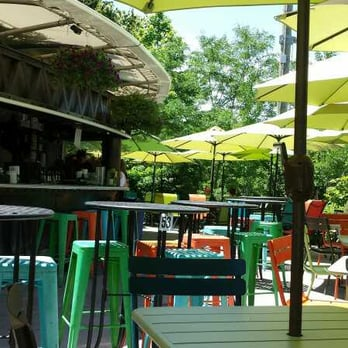 Brooklyn Bridge Garden Bar - CLOSED - 65 Photos & 82 Reviews ...