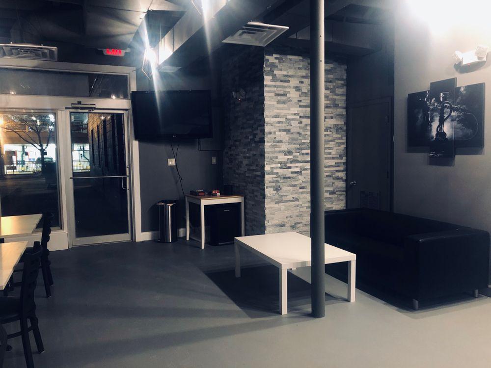 Avenue Hookah Lounge: 4924 Del Ray Ave, Bethesda, MD