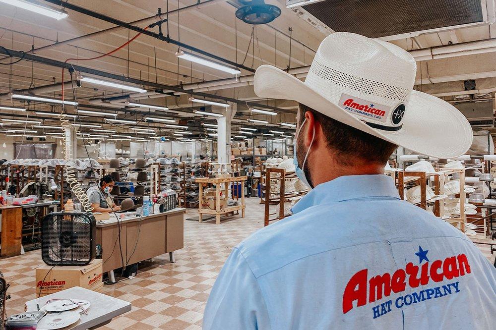 American Hat Company: 3091 US-81 N, Bowie, TX