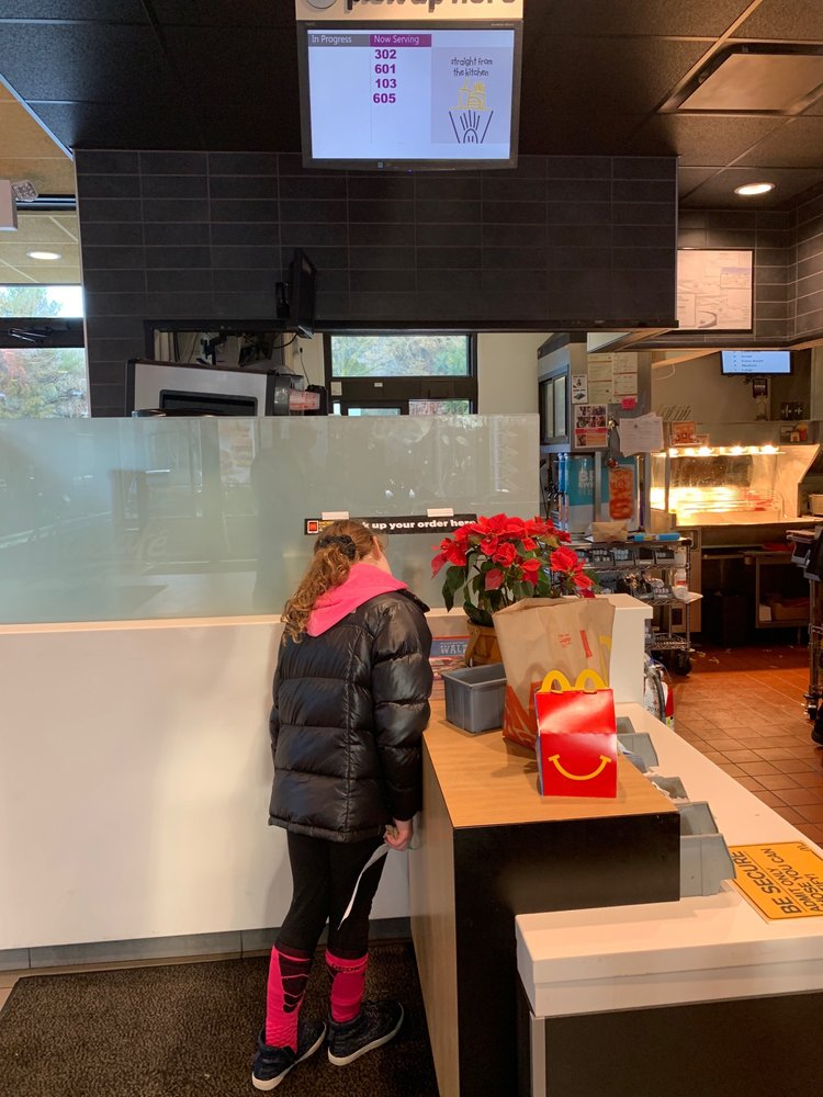 McDonald's: 10 Simpson Rd, Columbia, NJ