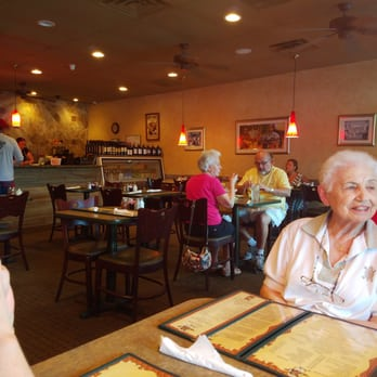 Photo Of Pizza Pub Italian Restaurant And Pizzeria Fort Myers Fl United States