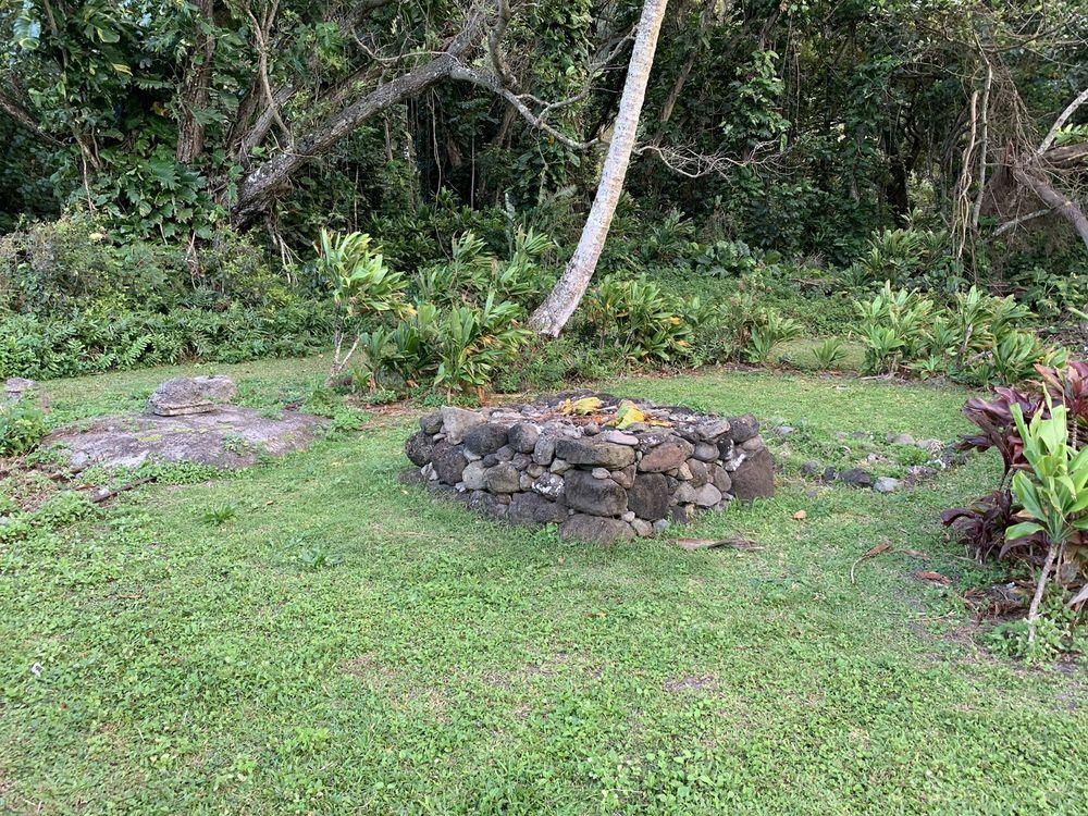 Huilua Fish ponds: 52-222 Kamehameha Hwy, Kaaawa, HI