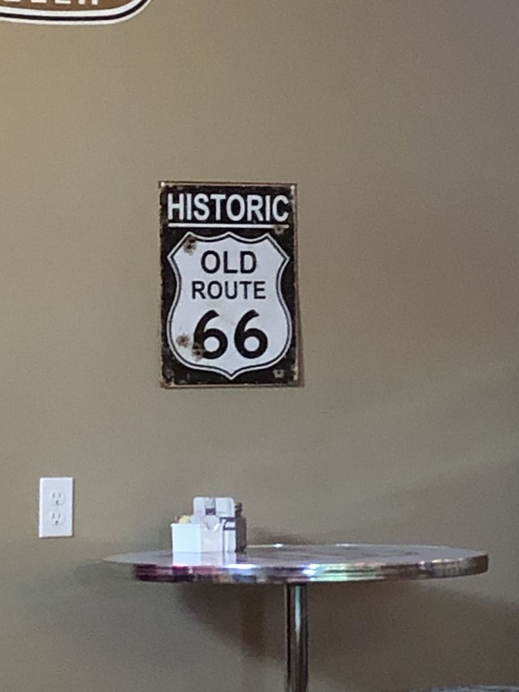 Skippy's Route 66: 247 Hwy H, Leasburg, MO