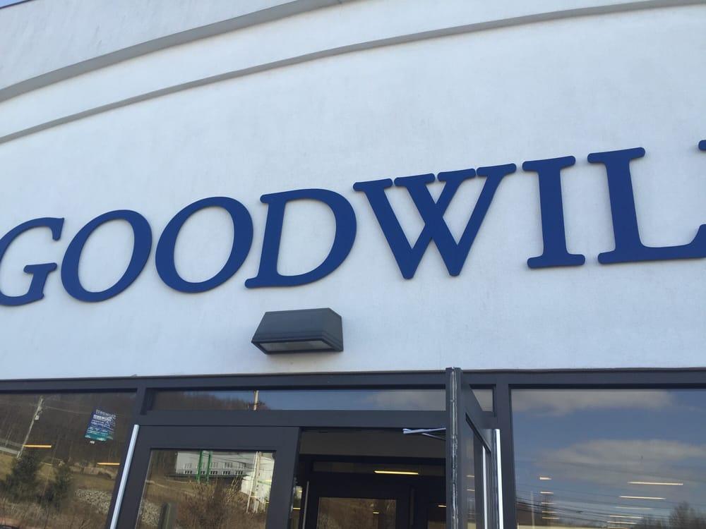 Goodwill Industries: 1326 Eisenhower Blvd, Johnstown, PA
