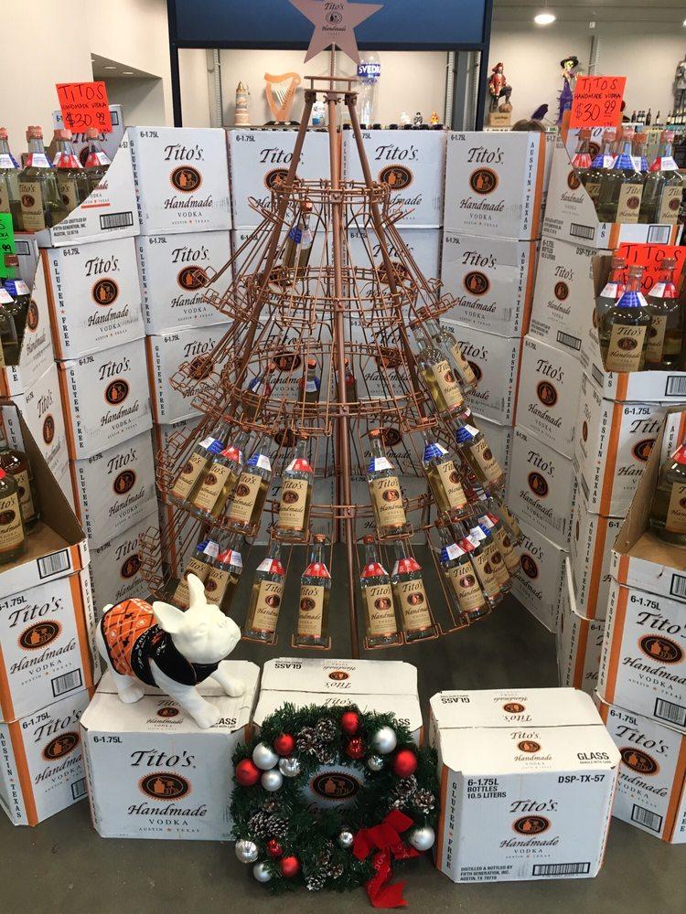 Parkhill's Warehouse Liquors & Wine: 2432 E 51st St, Tulsa, OK