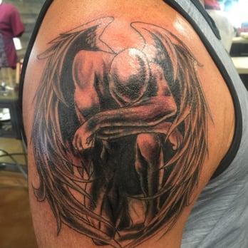 Club tattoo 68 photos 32 reviews piercing 15656 n for Scottsdale harley davidson tattoo