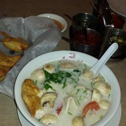 Arawan thai cuisine 42 foto cucina thailandese for Arawan thai cuisine vancouver menu