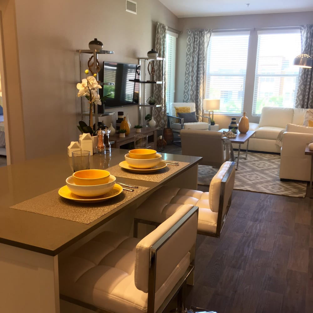2BD/2BTH Kitchen And Living Room (2nd And 3rd Floors Only