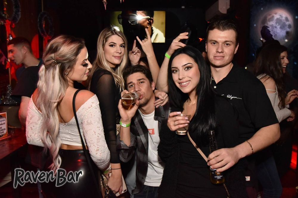 10a20f57f Raven Bar - 589 Photos   577 Reviews - Lounges - 1151 Folsom St ...