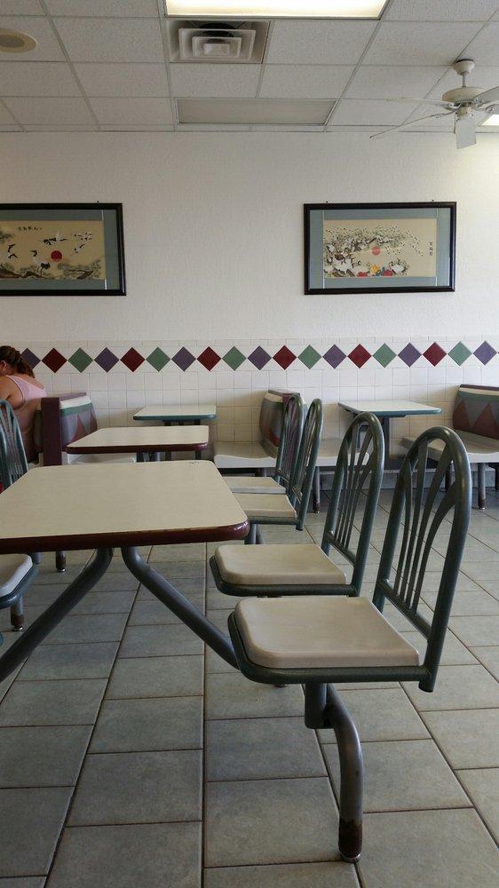 Great Wall Chinese Restaurant: 13311 N Hwy 27, Chickamauga, GA