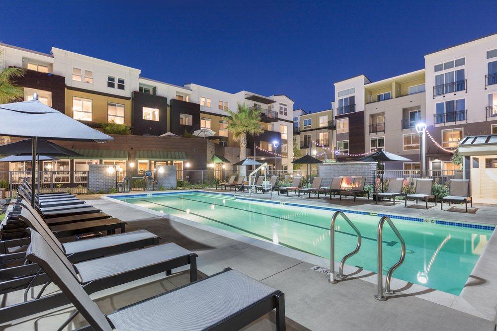 Tam Ridge Residences Apartments: 199 Tamal Vista Blvd, Corte Madera, CA