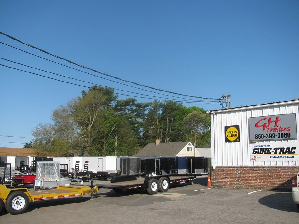 Towing business in Clinton, CT