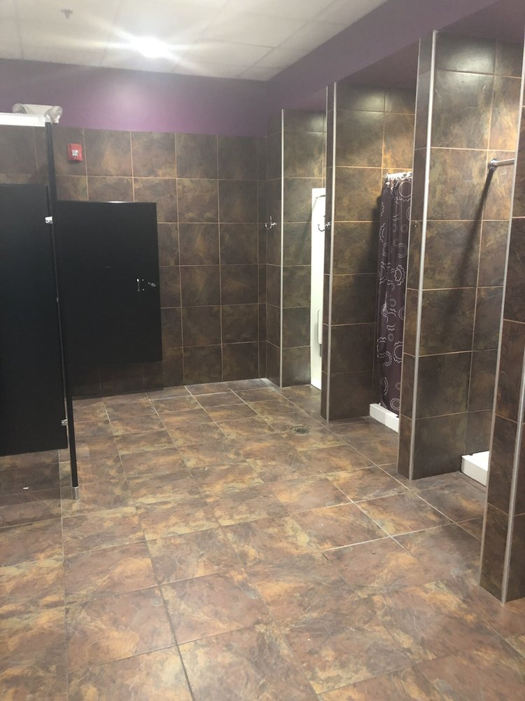Planet Fitness - Anderson: 4336 S Scatterfield Rd, Anderson, IN