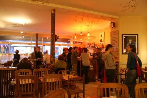 Le rez de chauss e chiuso cucina francese 65 rue letort 18 me parigi - Rez de chaussee paris ...