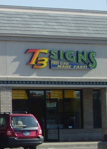 T3 Signs