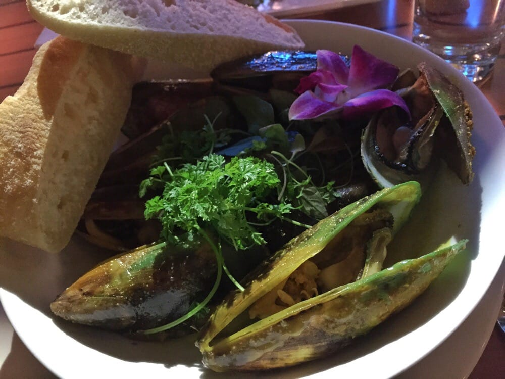 Green mussels yelp for Aroha new zealand cuisine