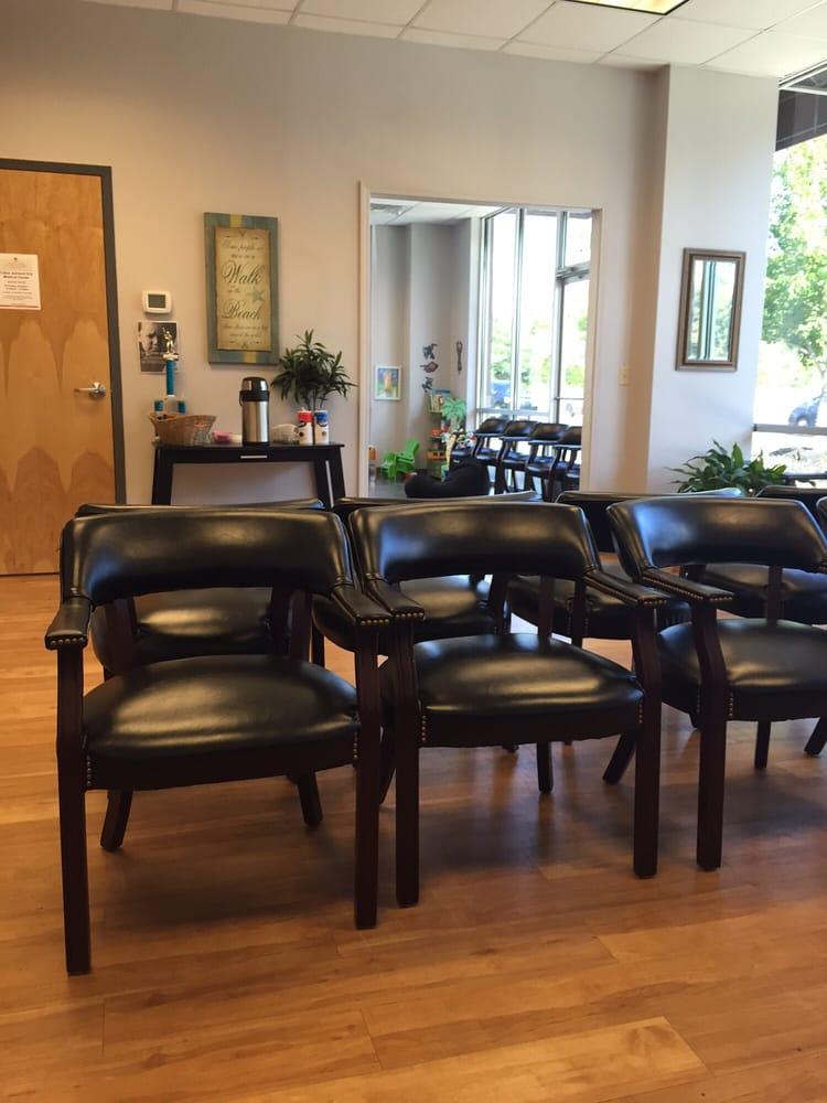 Fast Pace Urgent Care Center: 189 Monroe Pl, Ashland City, TN