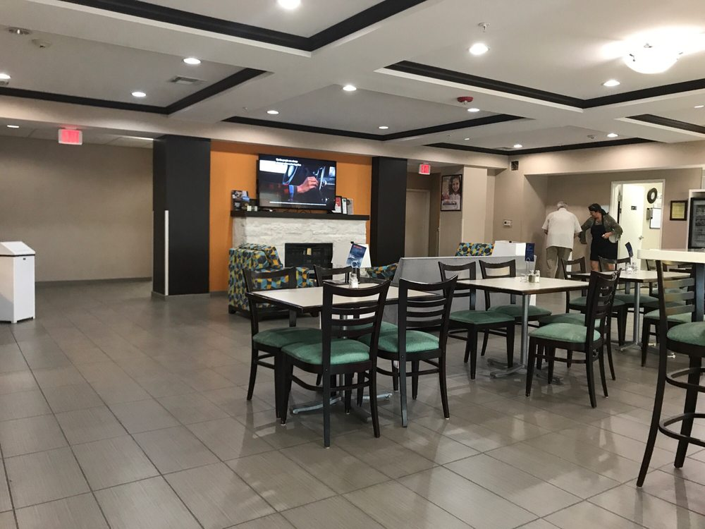 Holiday Inn Express & Suites Port Lavaca: 2629 State Hwy 35 N, Port Lavaca, TX