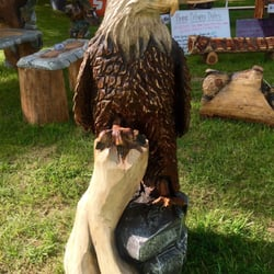 Eagle ridge chainsaw carvings 15 photos arts & crafts 359