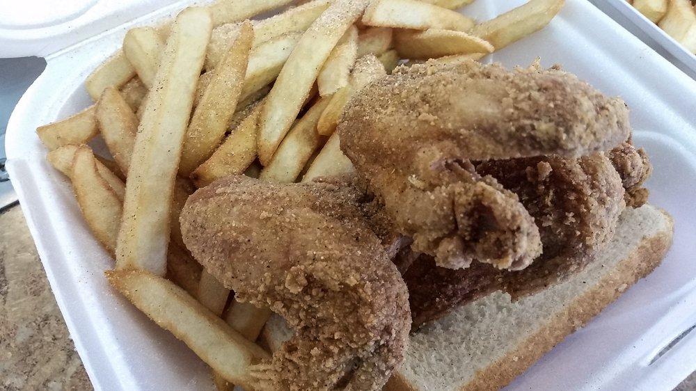 Chicago fish chicken 13 billeder kyllingevinger for Chicago fish and chicken menu