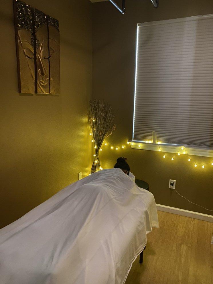 Royal Thai Massage and Spa: 540 Manawai St, Kapolei, HI