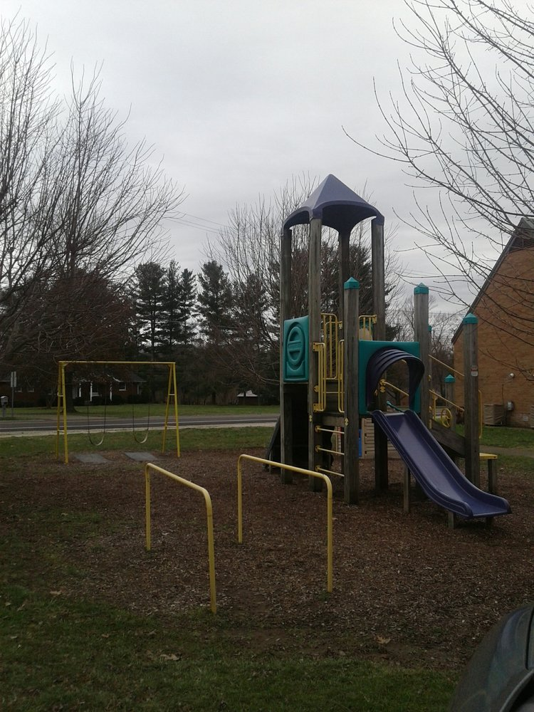 Beverly United Methodist Preschool: 700 Park St, Beverly, OH