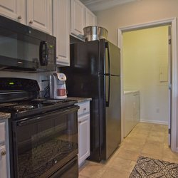Easton Commons - 37 Photos - Apartments - 4011 Easton Way, Easton ...