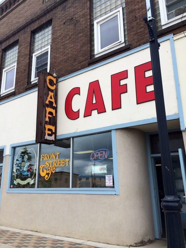 Front Street Cafe: 616 Front St, Brainerd, MN