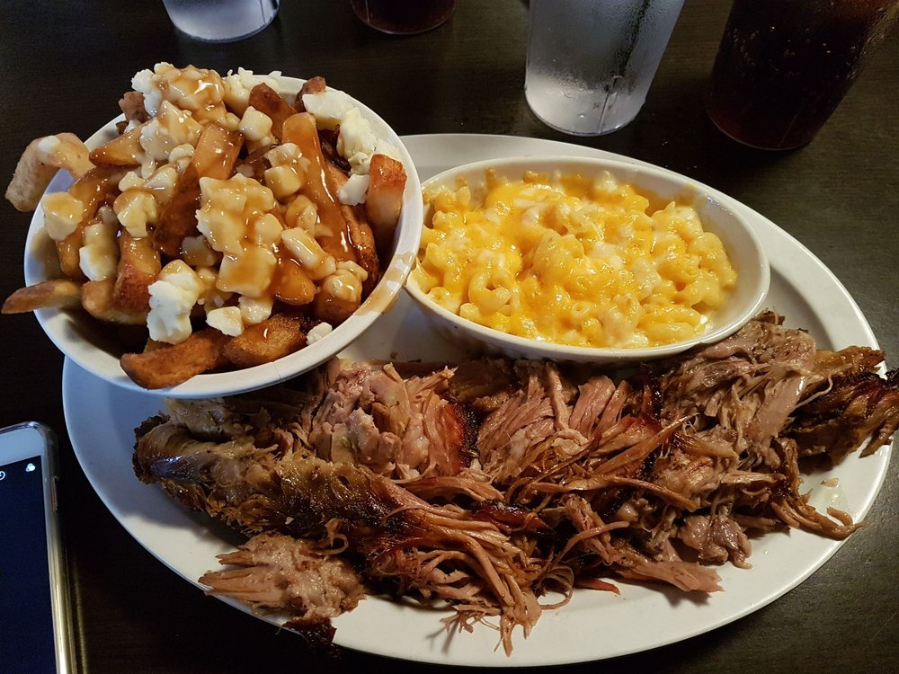 Smoke & Spice Southern Barbecue: 7470 Tecumseh Road E, Windsor, ON