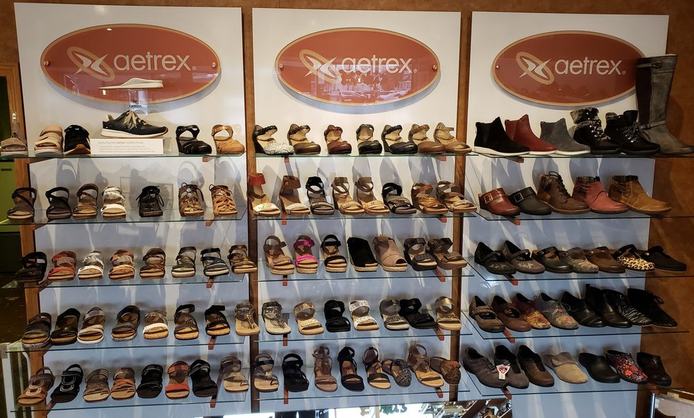 Vince's Family Shoes: 3158 Main St, West Middlesex, PA