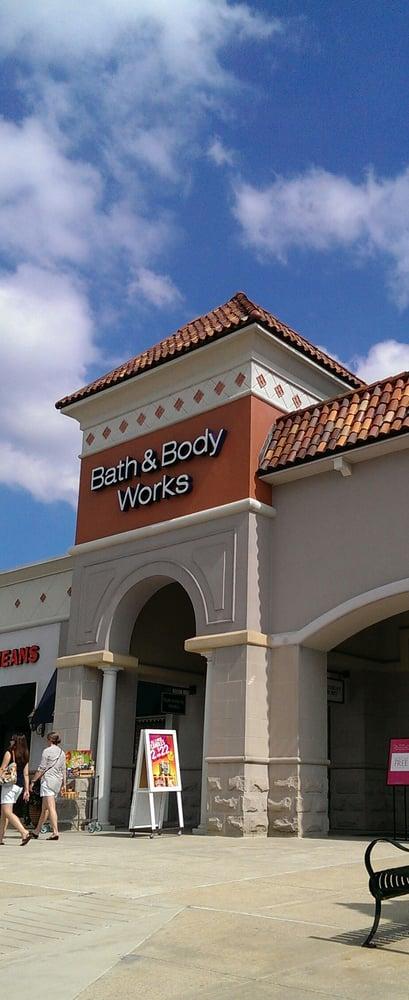 4 reviews of Bath & Body Works