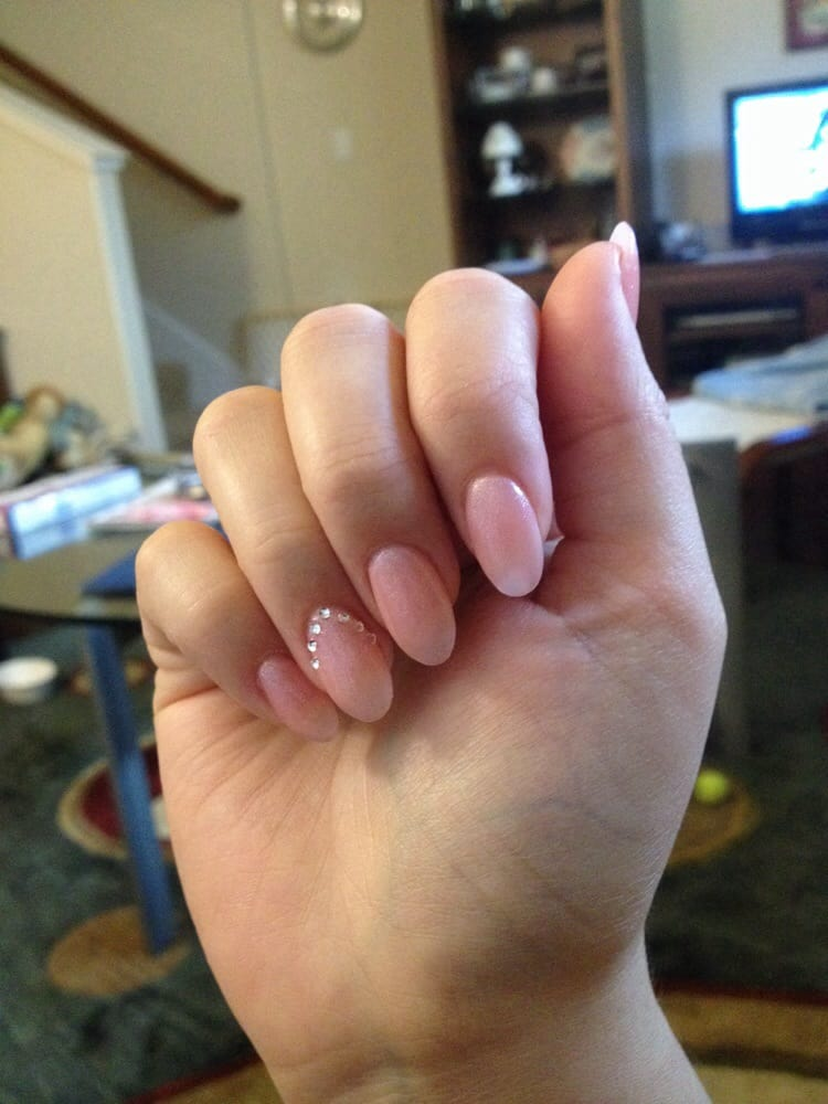 Almond shaped acrylic gel nails with chevron jeweled accent - Yelp