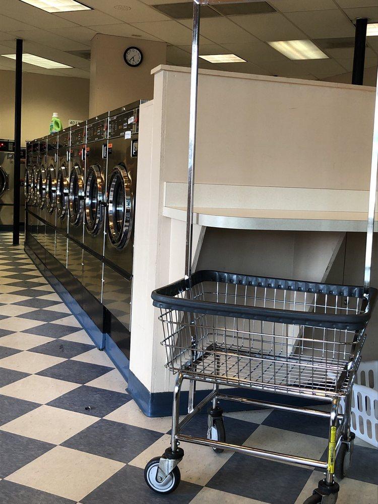 Aloha Laundromat: 18685 SW Tualatin Vally Hwy, Beaverton, OR