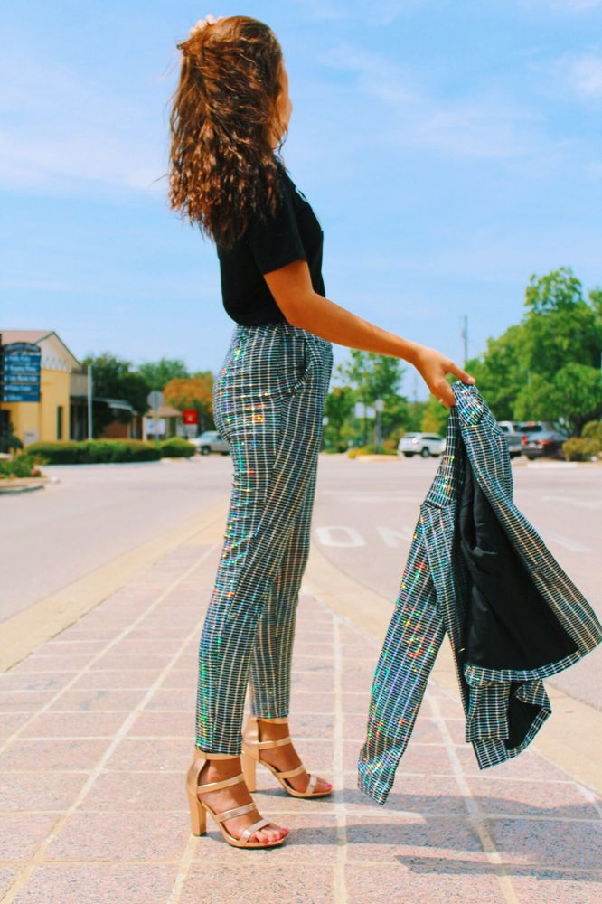 Eve Couture: 206 Main St, Marble Falls, TX