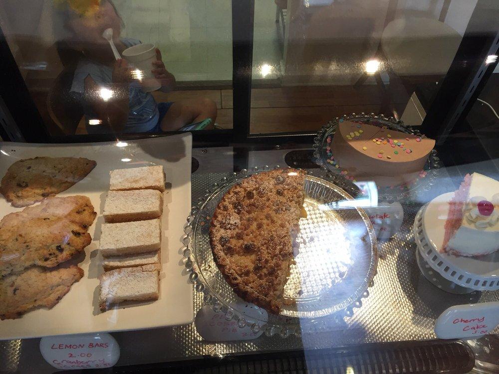 Cleveland Street Cafe: 2708 Cleveland St, Elloree, SC