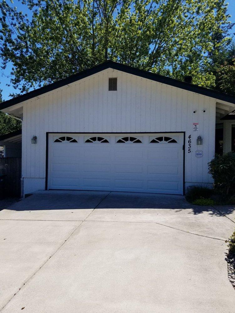 Pacific Northwest Garage Doors: 31811 Pacific Hwy S, Federal Way, WA