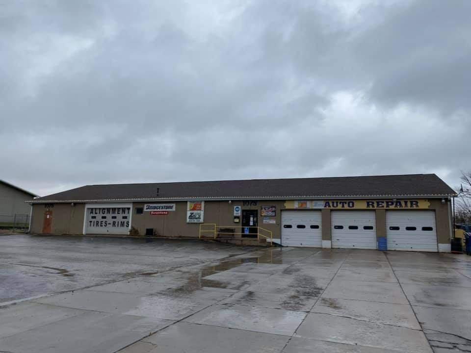 Zig's Fairway Auto Repair & Towing: 1075 Rutland St, Marseilles, IL