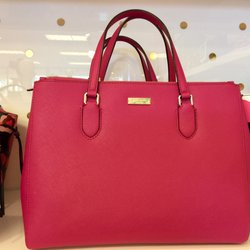 6db39f49223d Kate Spade New York Outlet - 76 Photos   25 Reviews - Accessories ...