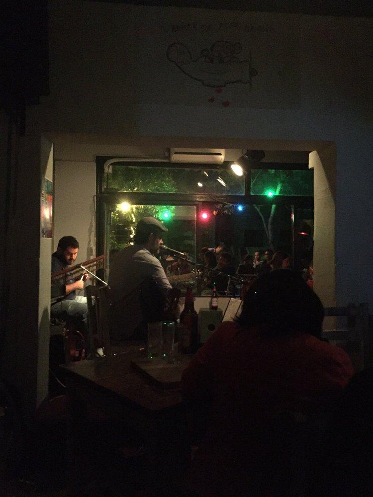 La La Lá Acoustic Bar: Marcelo T. de Alvear 837, Córdoba, X