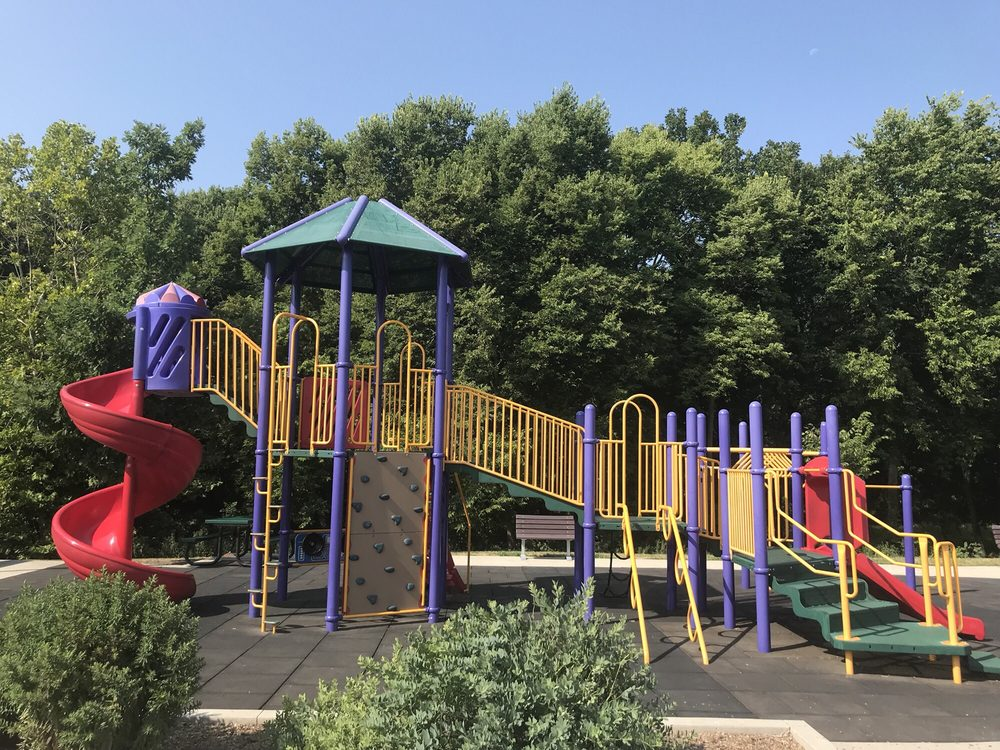 Copper Creek Lake Park: 4390 E University Ave, Pleasant Hill, IA