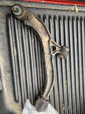 Detroit Axle 2000 W 8 Mile Rd Ferndale, MI Auto Parts-Used/Rebuilt
