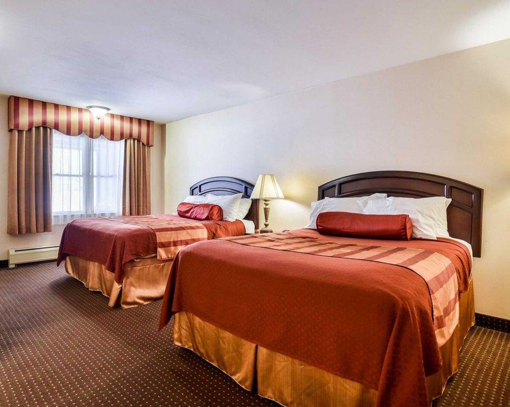 Rodeway Inn: 2709 Erie Drive, Weedsport, NY