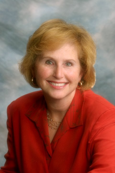 Elizabeth Banco - Berkshire Hathaway HomeServices NE