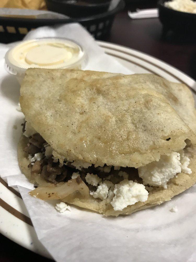 Hermanos Chavez Mexican Restaurant: 1901 Northwest Blvd, Newton, NC