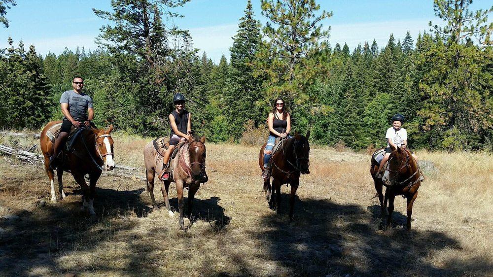 Bridle Path Quarter Horses: 1111 E Lancaster Rd, Hayden, ID