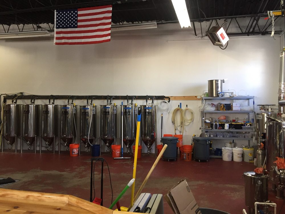Small Craft Brewing Company: 66 Merrick Rd, Amityville, NY