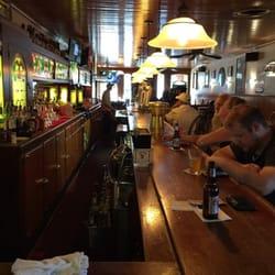 Brazen Head Pub 23 Photos 39 Reviews Pubs 147 N Main St